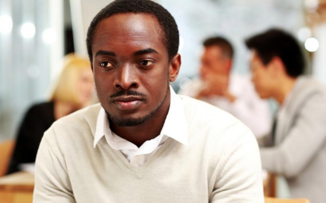 Características del acoso horizontal en el trabajo