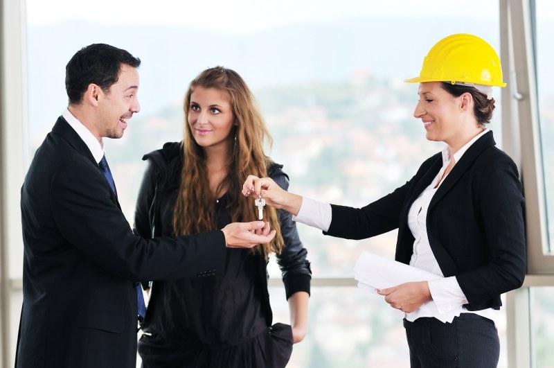 Abogados expertos en derecho inmobiliario. Compra una casa seguro